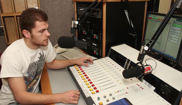 WDWN Radio