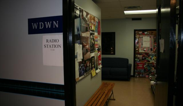 WDWN FM